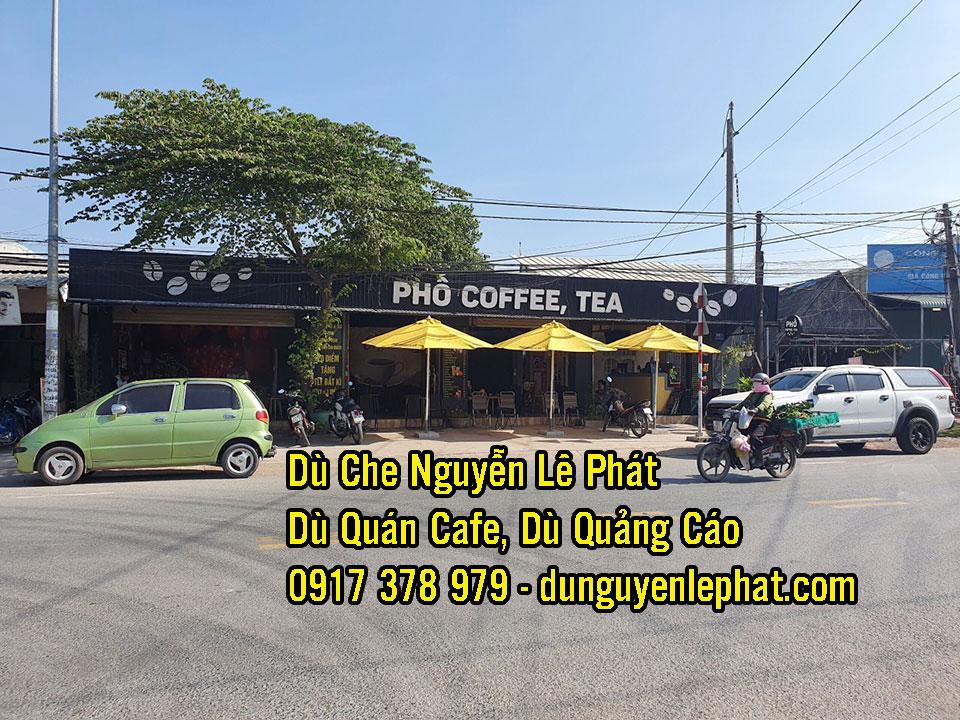 Dù Che Nắng Mưa Quán Cafe